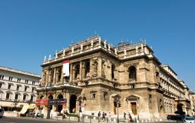 Jubileumreis naar Budapest: van rally tot opera